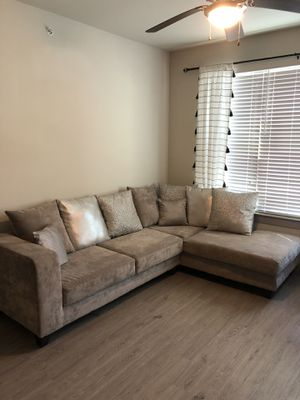 Modern sectional couch for Sale in Dallas, TX