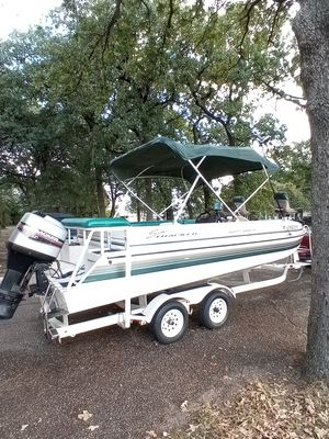 1997 21 foot Sun Tracker Party Deck / pontoon $8900 negotiable for Sale in Fort Worth, TX