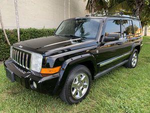 2006 Jeep commander limited 4x4 for Sale in Miami, FL