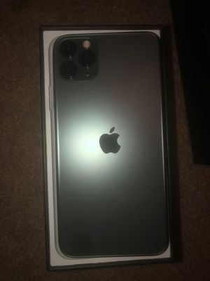 iPhone 11 pro max, unlocked that works with any Carrier for Sale in Palo Alto, CA