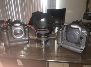 2 canon 1d mark iii with 24-105 lens for Sale in Los Angeles, CA