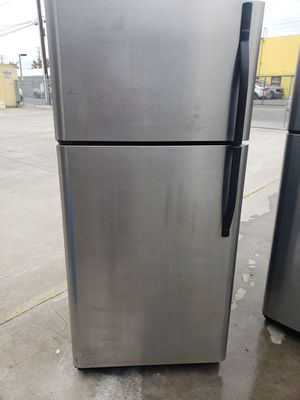 Kenmore Stainless steel Refrigerator ! for Sale in Santa Ana, CA