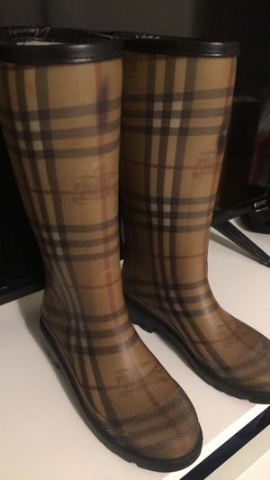 Burberry Rain Boots for Sale in Town 'n' Country, FL