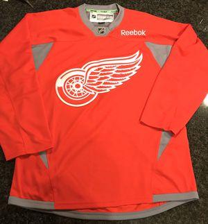 Reebok Detroit Red Wings Jersey Men's Size Small (2015 season) for Sale in Phoenix, AZ