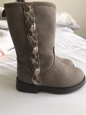 Girl boots size 5 for Sale in Austin, TX