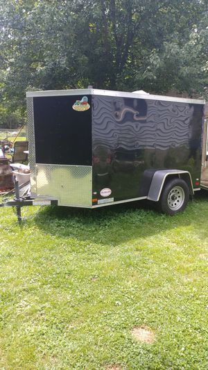 5 by 8 enclosed trailer for Sale in Middle River, MD