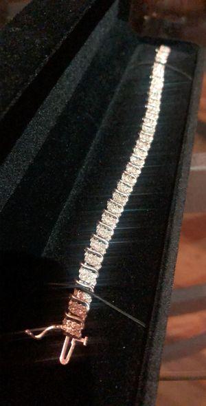 10K Solid White Gold And Diamond Tennis bracelet for Sale in Henderson, NV