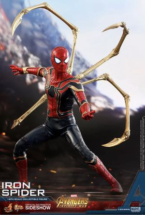 Iron Spider Sixth Scale Figure by Hot Toys Avengers: Infinity War - Movie Masterpiece Series for Sale in San Antonio, TX