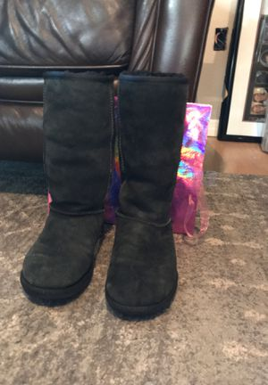 Ugg Boots for Sale in Plant City, FL