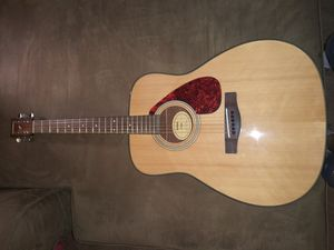 Brand new guitar Comes with Back pack case YaMaHa for Sale in Washington, DC