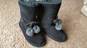 Bearpaw winter boots for girls, size 13 for Sale in Osseo, MN