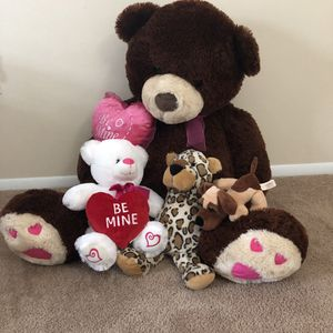 Valentines stuffed animals for Sale in Crofton, MD