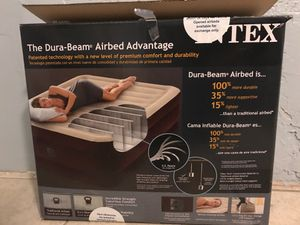 Intex dura beam Air bed advantage for Sale in Philadelphia, PA