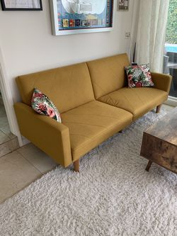 Futon Couch for Sale in Los Angeles,  CA