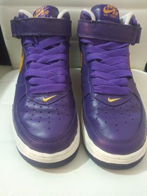 Rare Nike AF 1 Purple/Gold Size 8 Lakers for Sale in Los Angeles, CA
