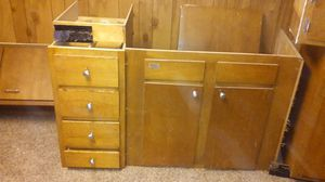 Used kitchen cabinets for Sale in St. Louis, MO