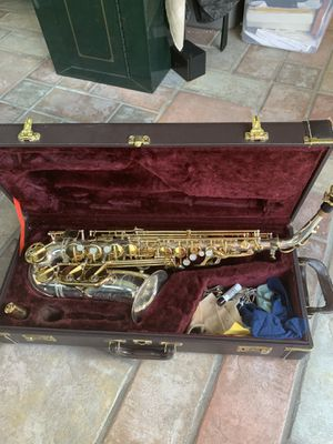 Alto Saxophone for Sale in Fuquay-Varina, NC