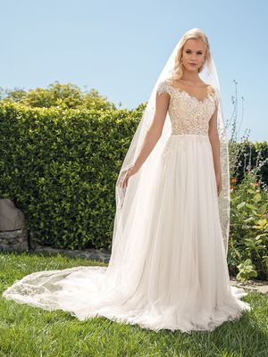 Brand New Casablanca Wedding Dress Gown for Sale in Roscoe, IL