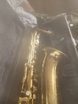 Saxophone for Sale in Dos Palos, CA