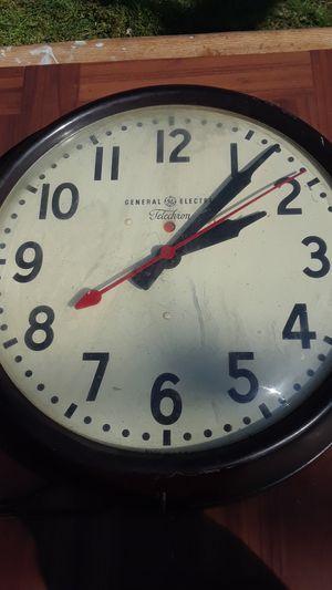 Antique GE clock telechron for Sale in Nashville, TN