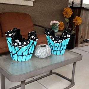 Now Available set of two decorative flower pots butterfly wings design and turqouise color for Sale in Sun City, AZ