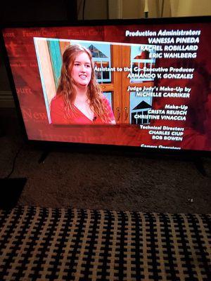 """32"""" VIZIO TV SMART for Sale in Fullerton, CA"""