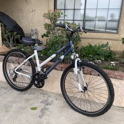 Ironhorse Mountain Bike for Sale in Murrieta,  CA