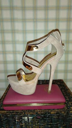 Charlotte Rousse High heels size 7 for Sale in Lacon,  IL