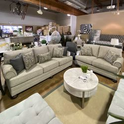 LOVESEAT for Sale in Fremont,  CA
