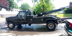 1994 ford f450 7.3 turbo diesel tow truck for Sale in New Haven, CT