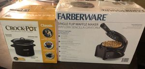 Crock pot waffle maker for Sale in San Antonio, TX