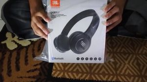 JBL Wireless Noise Canceling Headphones for Sale in North Haledon, NJ