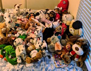 Huge lot of stuffed animals for Sale in Fairfax, VA