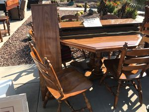 Pedestal Table For Sale for Sale in Queen Creek, AZ