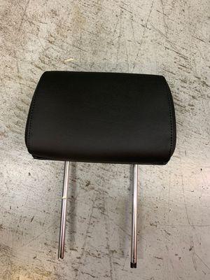 Genesis Headrest for Sale in El Monte, CA