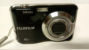 Fuji FinePix AX330 14.0 MP Digital Camera - With Samsonite Carry Case for Sale in Winchester, CA