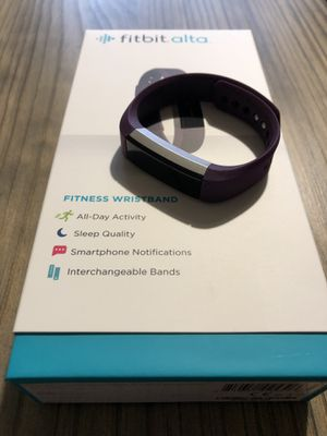 FitBit Alta for Sale in Bremerton, WA