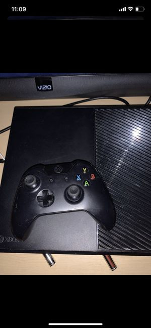 Xbox one for Sale in Glendale, AZ