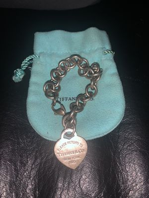 Tiffany & Co - Sterling chain heart tag bracelet for Sale in Orlando, FL