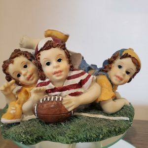 Kids Playing Football Statue for Sale in Glendale Heights, IL