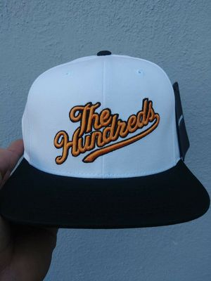 THE HUNDREDS SNAPBACK HAT BRAND NEW for Sale in Lynwood, CA