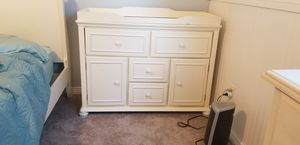 Dresser/changing table for Sale in Colorado Springs, CO