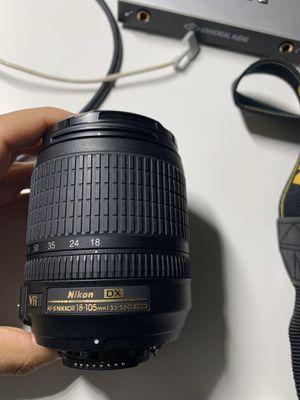 Nikon 18-105mm f/3.5-5.6 AF-S DX VR ED Nikkor Lens for Nikon Digital SLR Cameras for Sale in Miami Beach, FL