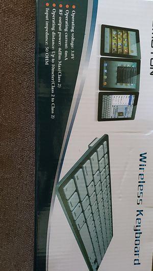 Omoton Wireless Keyboard for Sale in Harrodsburg, KY