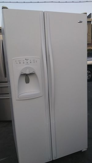 Amana Side by Sidr Refrigerator for Sale in Corona, CA