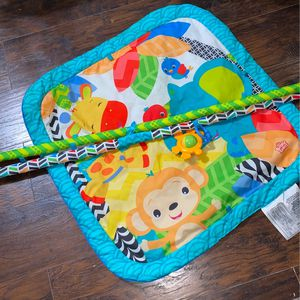Baby boy tummy time Set for Sale in Fresno, CA