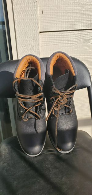 TIMBERLAND 640 BELOW sz 9.5 for Sale in Irving, TX