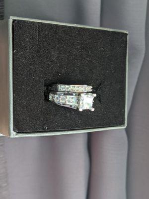 Pretty silver filled wedding set size 6 for Sale in Sacramento, CA