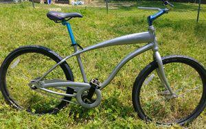 Giant simple single speed cruiser bike for Sale in Nashville, TN