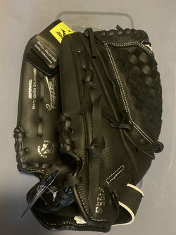 Brand New Mizuno LEFT HANDED Softball Glove for Sale in Downey,  CA